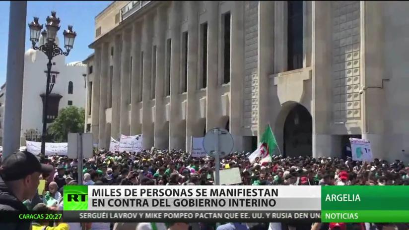 Argelia: Miles de personas se manifiestan contra el Gobierno interino