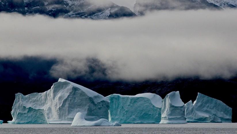 Tratan de resolver el 'rompecabezas' del glaciar de Groenlandia que rompe las 'normas' y vuelve a crecer