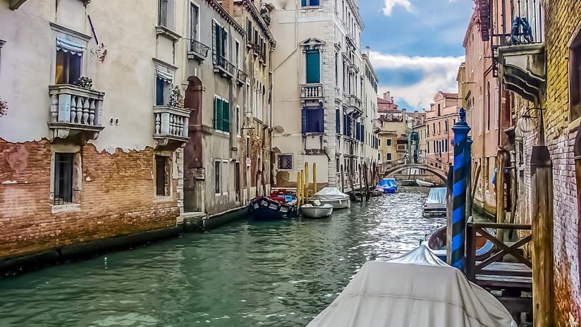 """Aparece en un muro de Venecia una pintura """"al 99% de Banksy"""" de cara a la Bienal de Arte"""