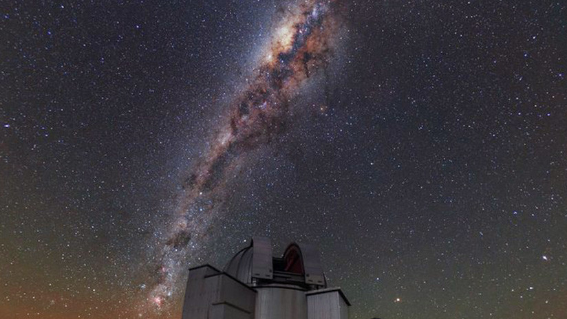 "Un misterioso objeto ""denso"" equivalente a un millón de soles perfora un gran agujero en la Vía Láctea"