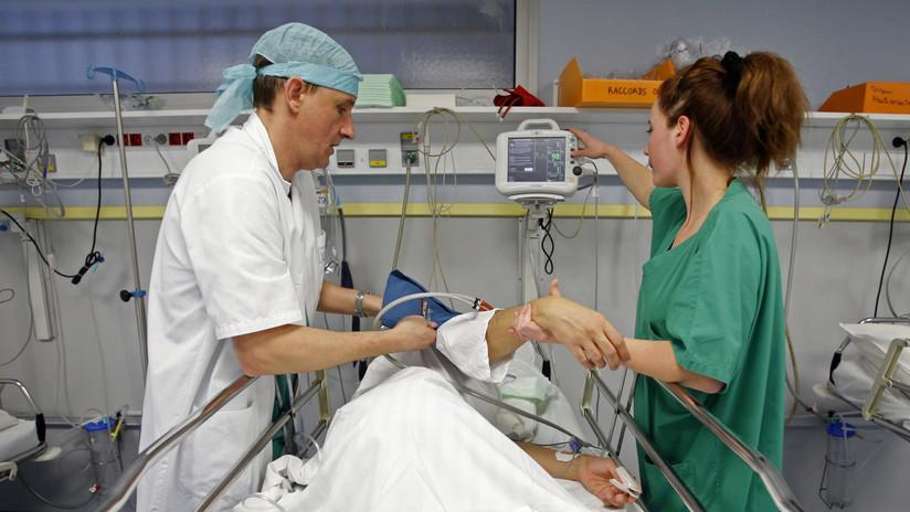 Un anestesista francés enfrenta cargos por envenenar a 24 pacientes en los quirófanos