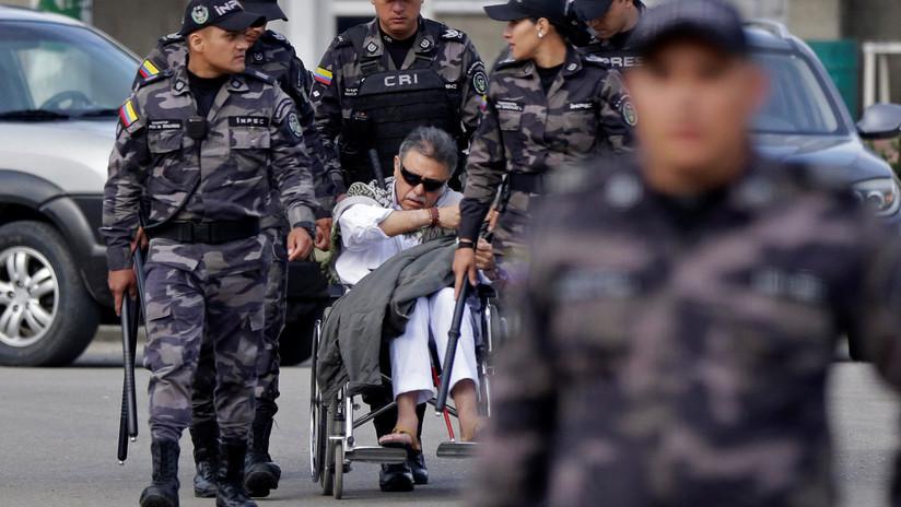 Trasladan a una clínica al recapturado exlíder de las FARC