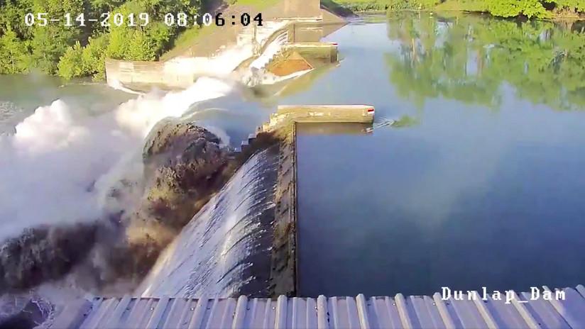 VIDEO: Se rompe la puerta de una represa de más de 90 años en EE.UU.