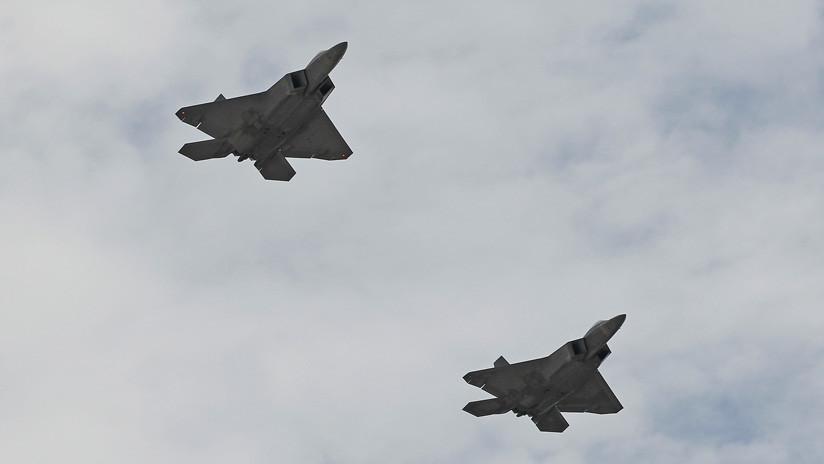 Rusia: Cazas F-22 de EE.UU. acompañaron a 4 bombarderos estratégicos rusos Tu-95MS en su vuelo planeado en el Oriente Lejano