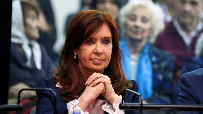 De un abrazo inesperado a tres horas de acusaciones: así fue el primer día de juicio contra Cristina Kirchner