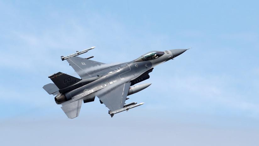 Ministro de defensa búlgaro critica el 'exagerado' precio de los cazas F-16 estadounidenses