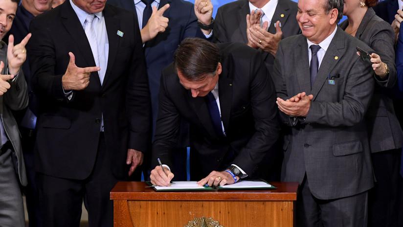 Gobernadores de 13 estados y del Distrito Federal de Brasil rechazan el decreto de Bolsonaro que flexibiliza la tenencia de armas