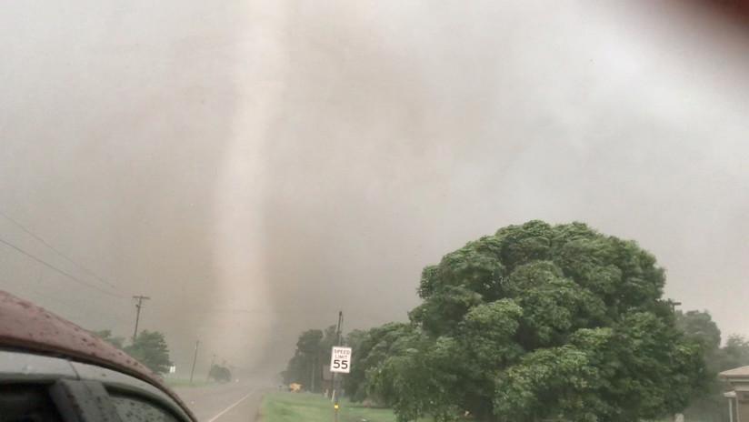 FOTOS, VIDEO: Decenas de evacuados en Oklahoma y estado de emergencia en Misuri mientras las tormentas azotan el centro de EE.UU.