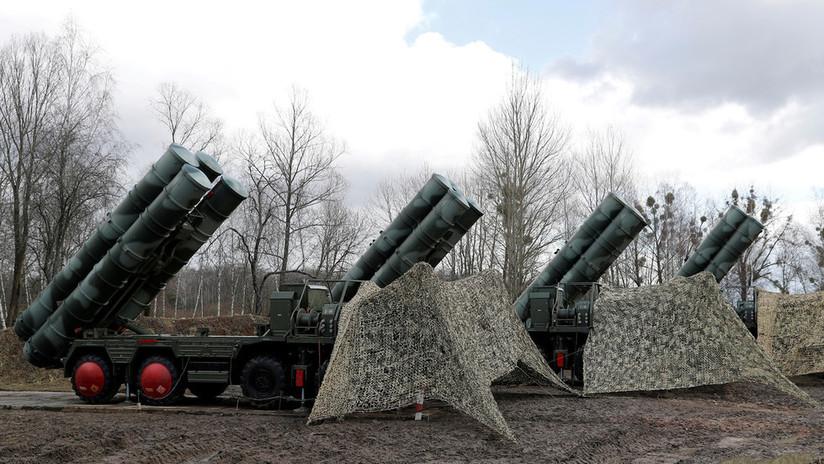 Turquía se prepara para posibles sanciones de EE.UU. por la compra de los S-400 mientras sus militares inician la capacitación en Rusia