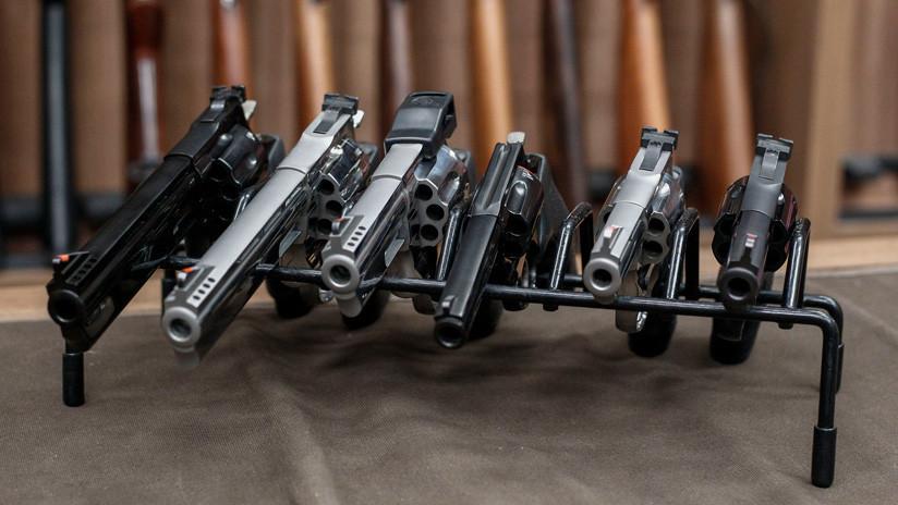 Bolsonaro reformula parte del decreto que flexibiliza la tenencia de armas y prohíbe que civiles porten fusiles
