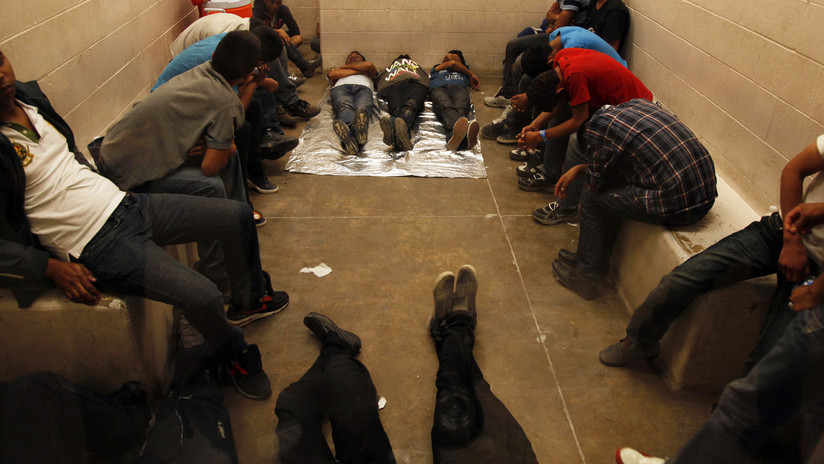 EE.UU. cierra temporalmente un centro de detención de migrantes tras un brote de gripe