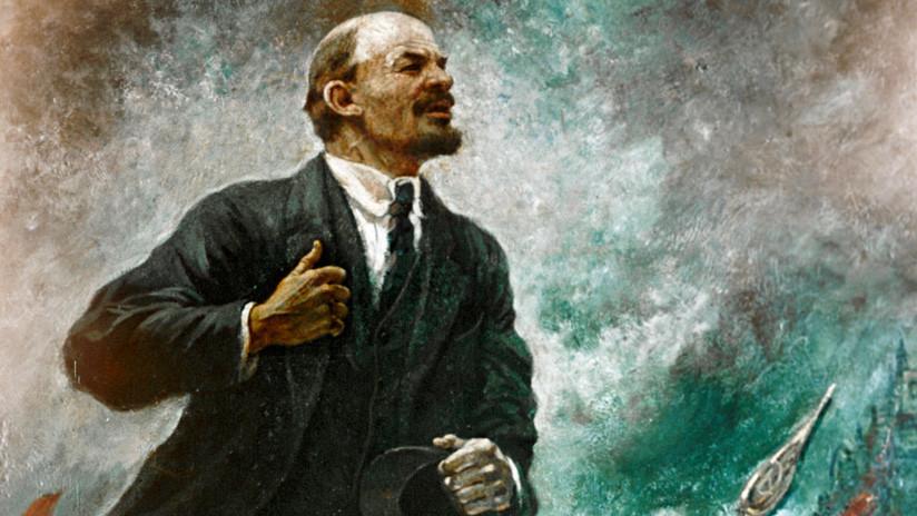 Una foto de Lenin 'tumbado' irrumpe en un debate político en España y Twitter se parte de risa
