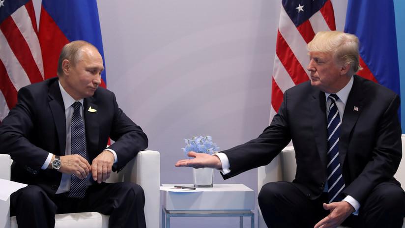 """Trump se enfurece y tacha a Tillerson de """"tonto como una roca"""" por afirmar que Putin se preparó mejor para una reunión bilateral"""