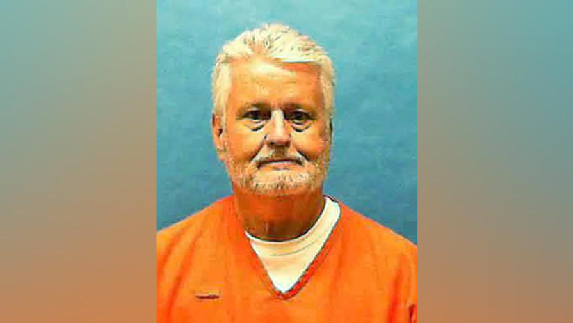 """""""Quería mirarle a los ojos"""": víctima de un violador y asesino en serie presencia su ejecución tras pasar 34 años en el corredor de la muerte"""