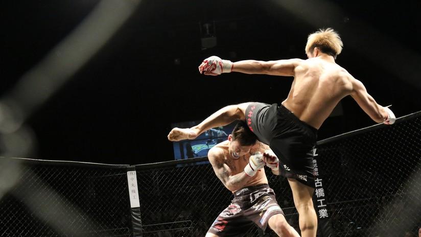 VIDEO: Luchador ruso de MMA noquea a su rival de EE.UU. con un brutal rodillazo volador a la mandíbula en apenas 10 segundos