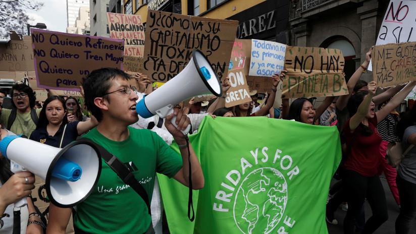 """""""Ya es hora"""": México marcha a favor del medioambiente (VIDEO)"""