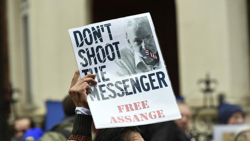 """""""Cuento con ustedes para que salven mi vida"""": Assange hace un llamado a la acción en una carta enviada desde prisión"""