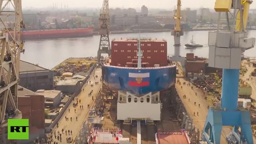 VIDEO: Rusia bota el Ural, la tercera unidad de los rompehielos nucleares más grandes y potentes del mundo