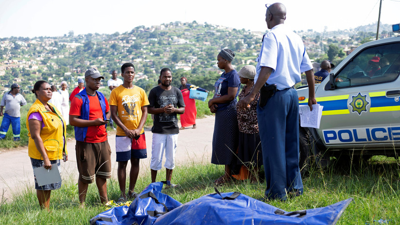 Sudáfrica: Asesinan a martillazos a activista que se pronunció en contra de los ataques a granjeros blancos