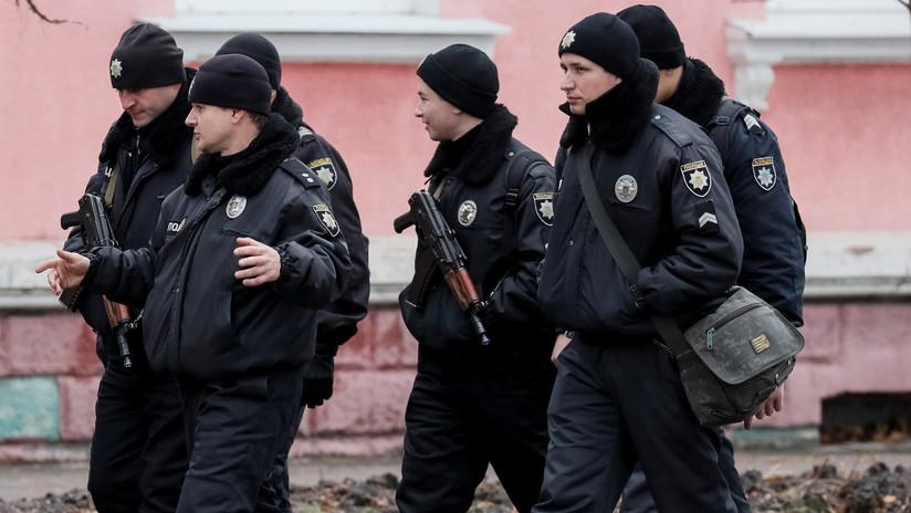 Ucrania: Unos 500 presos se atrincheran en una colonia penal en Odesa