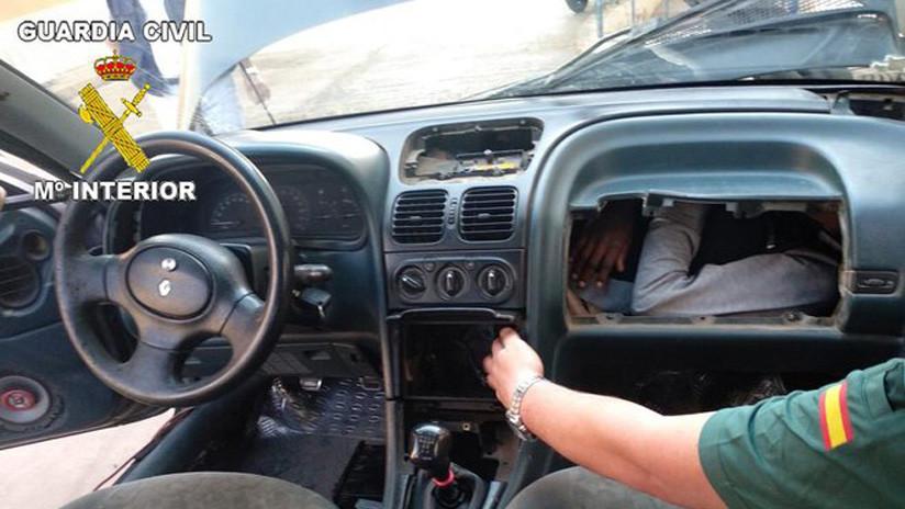 España: Rescatan a migrantes que trataban de entrar a Europa ocultos en dobles fondos de autos (FOTOS)