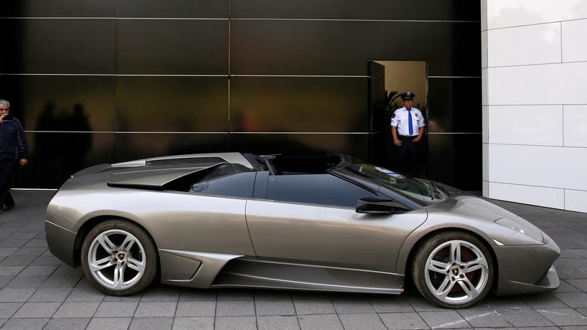 FOTOS: México subasta autos de lujo confiscados en procesos criminales