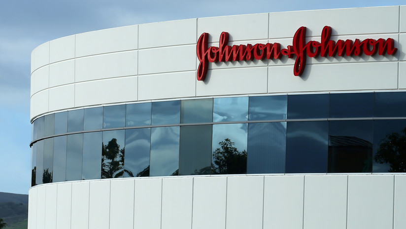 Acusan a Johnson & Johnson de marketing engañoso y promover la crisis de opioides en EE.UU.