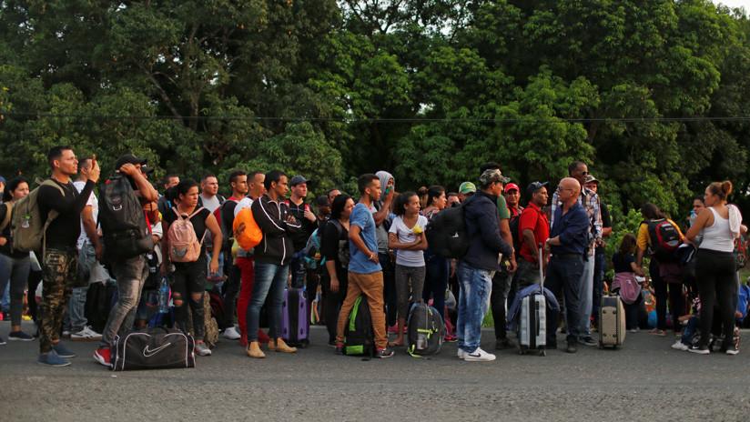 Muro burocrático: familias cubanas separadas por el bloqueo de EE.UU. narran sus dificultades