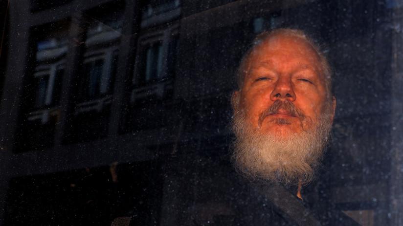 Assange es trasladado a la sala de salud de la prisión británica de Belmarsh