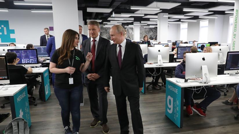 Putin quiere que Rusia se convierta en un líder mundial de tecnología informática en cinco años