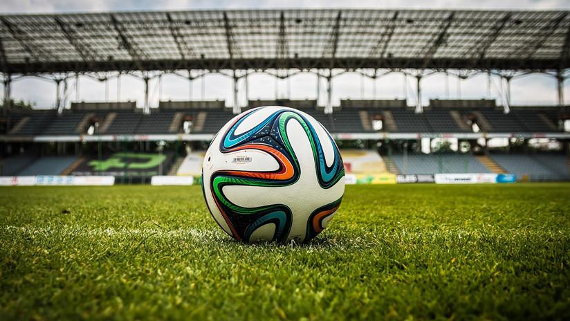 Los cambios en las reglas del fútbol que revolucionarán el 'deporte rey' a partir del 1 de junio
