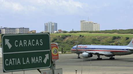 Un avión de American Airlines en el aeropuerto de Maiquetía (Caracas), el 12 de septiembre de 2008.