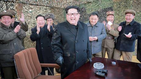 El líder norcoreano Kim Jong-un en Pionyang. Imagen difundida por KCNA el 4 de marzo de 2016.