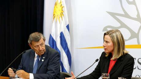 Federica Mogherini, representante de la UE, y el canciller de Uruguay, Rodolfo Nin Novoa, en Montevideo, 7 de febrero de 2019.