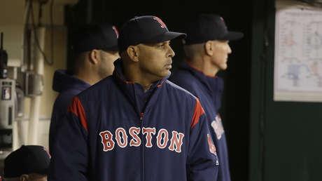 El mánager de los Red Sox de Boston, Álex Cora
