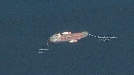 El barco petrolero A. Michel (Emiratos Árabes Unidos), fotografiado desde un satélite de Maxar Technologies el 13 de mayo de 2019