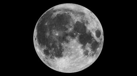 Imagen de la Luna tomada desde el espacio por la NASA.