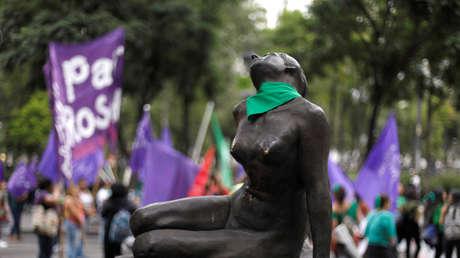 Escultura durante protesta en apoyo al aborto legal, en Ciudad de México, 28 de septiembre de 2018.