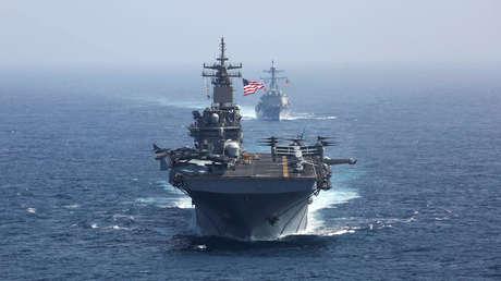 El destructor de misiles guiados USS Bainbridge en el mar de Arabia, el 17 de mayo de 2019