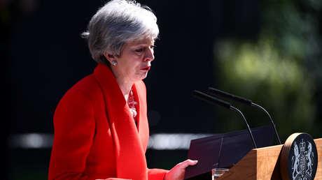 Theresa May anuncia su dimisión como primera ministra del Reino Unido, ante el número 10 de Downing Street, Londres, 24 de mayo de 2019.