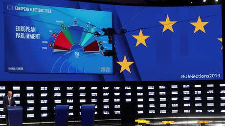 Pantalla con proyecciones de resultados en el Parlamento Europeo, en Bruselas, (Bélgica), 26 de mayo de 2019.