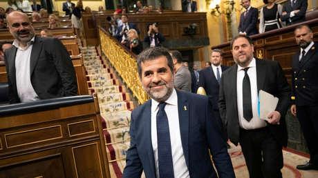 Los políticos catalanes encarcelados Jordi Sànchez y Oriol Junqueras en el Parlamento. Madrid, 21 de mayo de 2019.