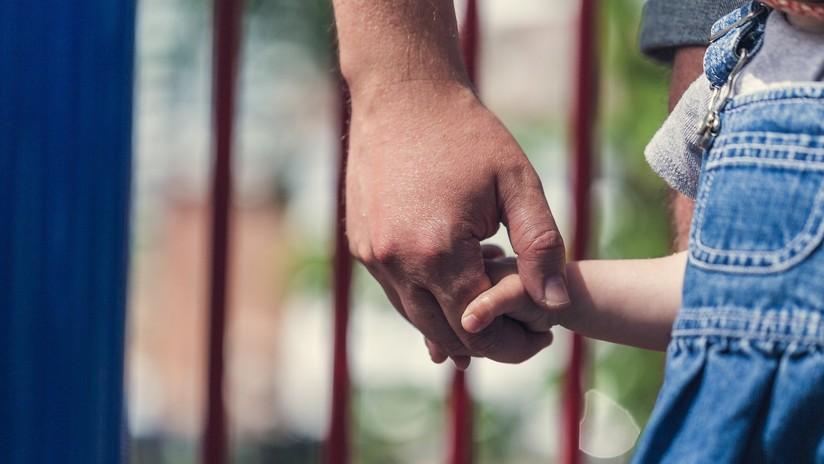 """""""Quiero enseñarte algo"""": Una vecina salva 'in extremis' a una niña secuestrada por un pedófilo"""