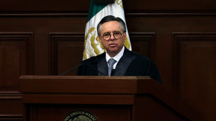 """¿Por qué los """"sospechosos"""" ingresos de un ministro de la Corte sacuden la política en México?"""