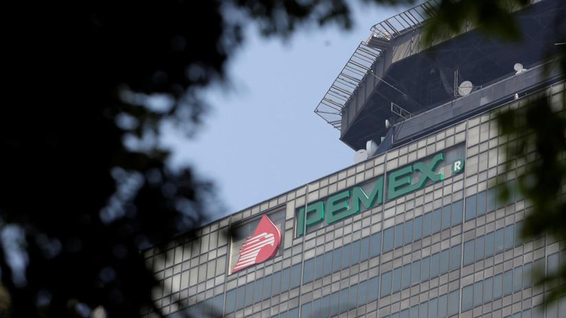 Fitch recorta la calificación crediticia de Pemex