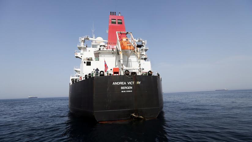 """Emiratos Árabes afirma que los ataques contra petroleros frente a sus costas probablemente son obra de un """"actor estatal"""""""