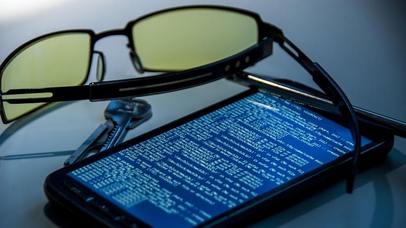 'Hackers' aprendieron a infectar teléfonos Android antes de que los aparatos salgan de la fábrica