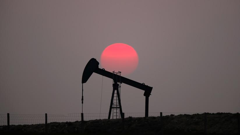 Petróleo de Texas abre con una fuerte subida del 3,03 %
