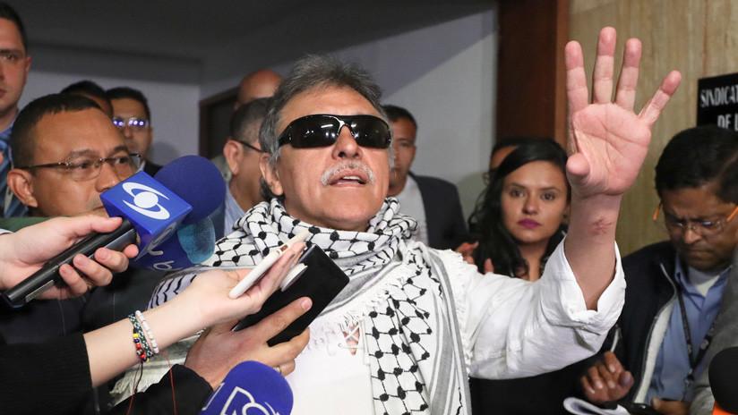 El exlíder de las FARC Jesús Santrich juramenta como congresista en Colombia