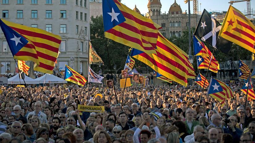 'Lo volveremos a hacer': el independentismo catalán calienta las calles y las redes sociales con el juicio a sus líderes visto para sentencia